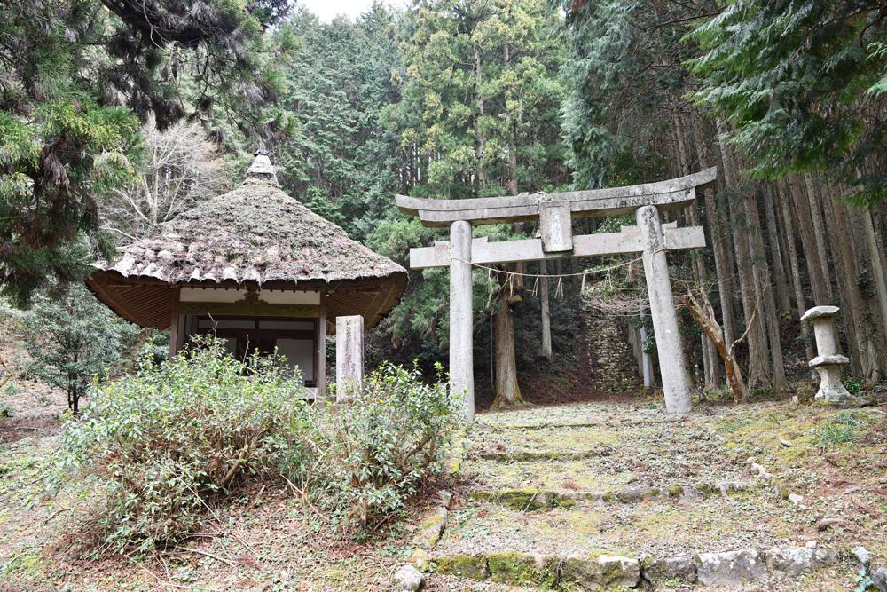 三滝神社の鳥居